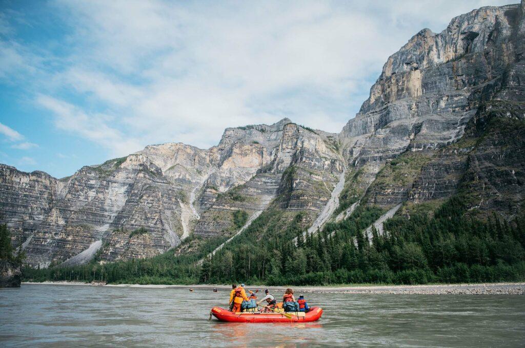 Nahanni-River-Canyons-Raft